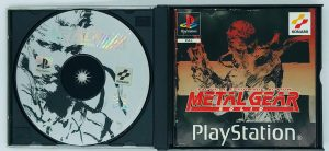 Metal Gear Solid – PAL_-_INSIDE