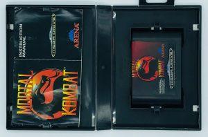 Mortal Kombat- PAL_-_INSIDE